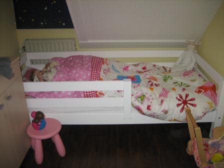 Carlien in haar nieuwe bed