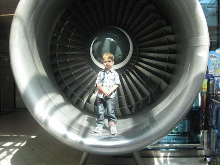 Wat is een vliegtuig groot!