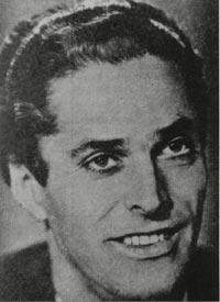 David Hollestelle (B-VII-d) werd op 13 oktober 1916 te Den Helder geboren. Zijn vader Johannes Hollestelle was werkzaam bij de Koninklijke Marine in Den ... - David
