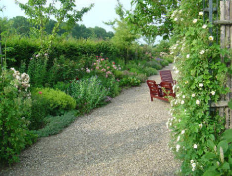 Engelse border - Weergaven tuin lange ...