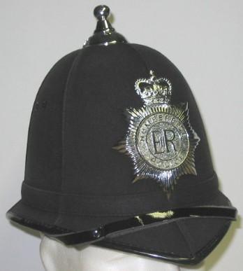 「英國警察帽」的圖片搜尋結果